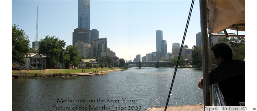 melbourne by the river Yarra